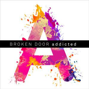 Broken Door 歌手頭像
