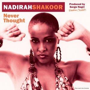 Nadirah Shakoor 歌手頭像