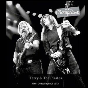 Terry & The Pirates 歌手頭像