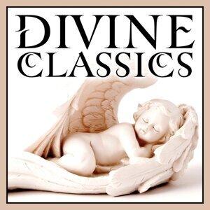 Divine Classics 歌手頭像