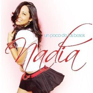 Nadia (W) 歌手頭像