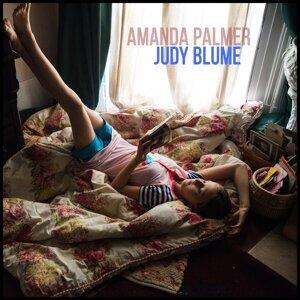 Amanda Palmer 歌手頭像