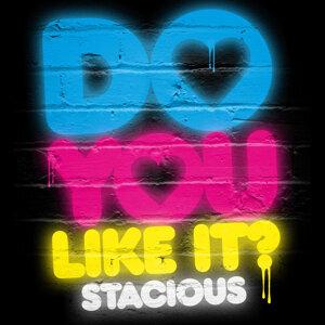 Stacious