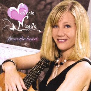 Valerie Nicole Foto artis