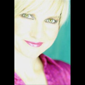 Valerie DeLaCruz Foto artis