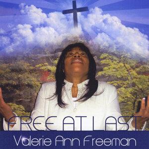 Valerie Ann Freeman Foto artis