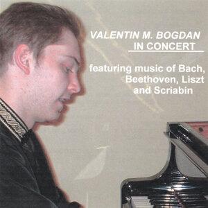 Valentin M. Bogdan Foto artis
