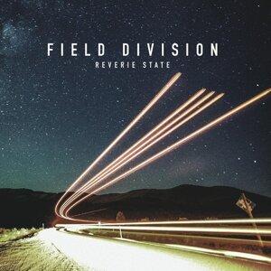 Field Division Foto artis