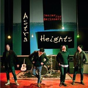 Astra Heights Foto artis
