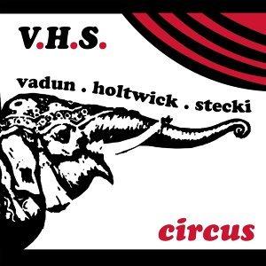 Vadun, Holtwick, and Stecki Foto artis