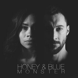Honey and Blue Foto artis