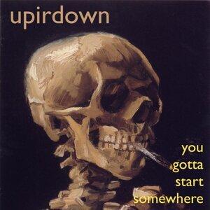 Upirdown Foto artis