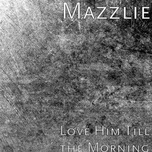 Mazzlie Foto artis