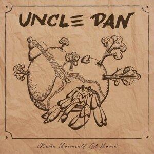 Uncle Dan Foto artis