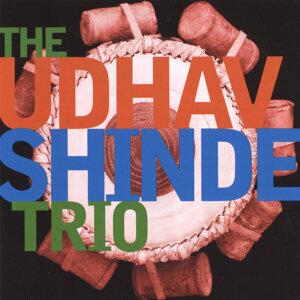 The Udhav Shinde Trio Foto artis
