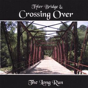 Tyler Bridge & Crossing Over Foto artis