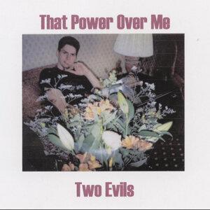Two Evils Foto artis