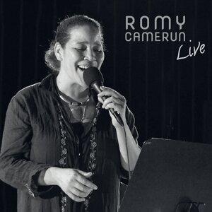 Romy Camerun Foto artis