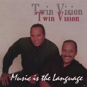 Twin Vision Foto artis