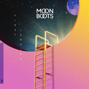 Moon Boots