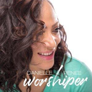 Danielle Renee Foto artis