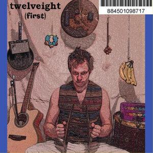 Twelveight Foto artis
