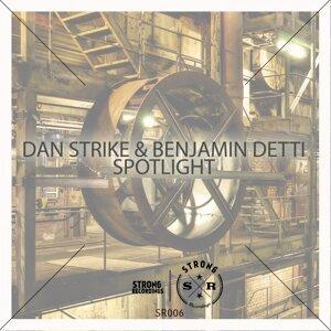 Dan Strike & Benjamin Detti, Dan Strike Foto artis