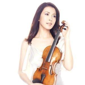 川井郁子 (Ikuko Kawai)