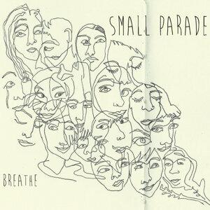 Small Parade Foto artis