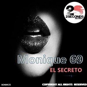 Monique 69 Foto artis