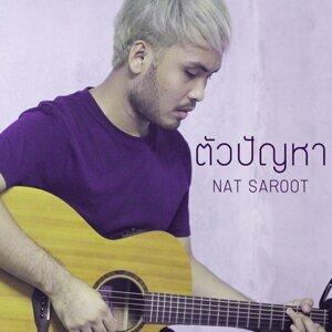 Nat Saroot Foto artis