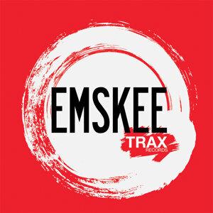 The Good People, Emskee, Saint Foto artis