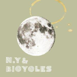 N.Y&BICYCLES (N.Y&BICYCLES) Foto artis