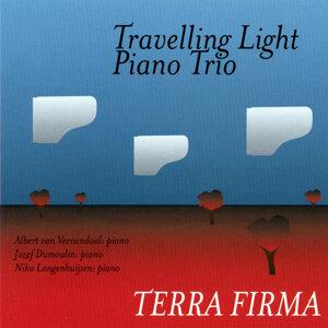 Travelling Light Piano Trio Foto artis