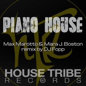 Max Marotto, Mara J Boston Foto artis
