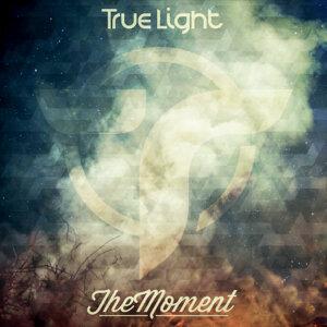 True Light Foto artis