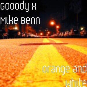 Gooody, Mike Benn Foto artis
