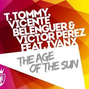 T. Tommy, Vicente Belenguer, Victor Perez Foto artis