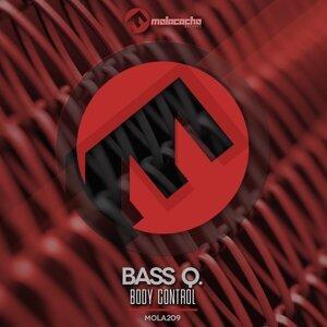 Bass Q Foto artis