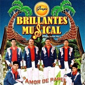 Grupo Brillantes Musical de Palma Torcida México Foto artis