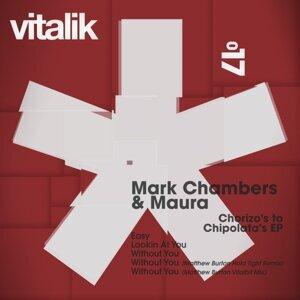 Mark Chambers, Maura Foto artis