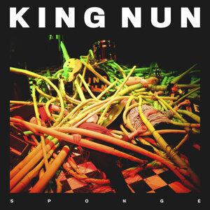 King Nun Foto artis