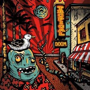 Tropical Doom Foto artis