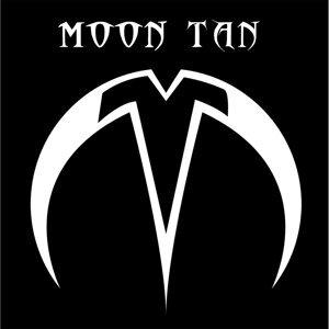 Moon Tan Foto artis
