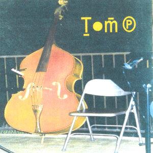 Tom P. Foto artis