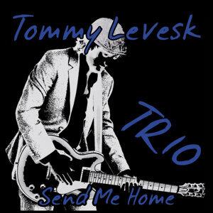 Tommy Levesk Trio Foto artis