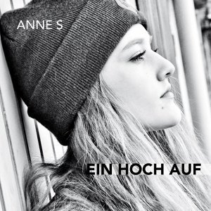 Anne S Foto artis