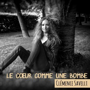 Clémence Savelli Foto artis