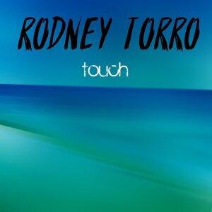 Rodney Torro Foto artis