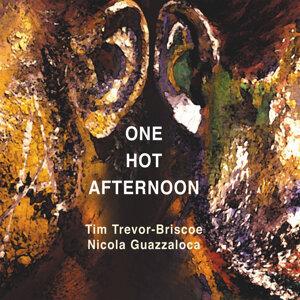 Tim Trevor-Briscoe, Nicola Guazzaloca Foto artis